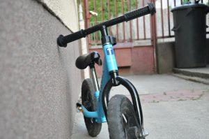 Kid's balancing bike
